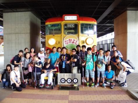 鉄道博物館で記念撮影